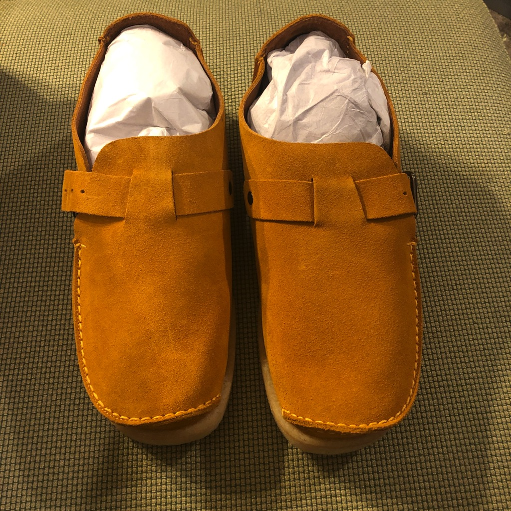 18 East x Padmore & Barnes single piece monk strap shoes in sunflower suede in size 11_2.jpg