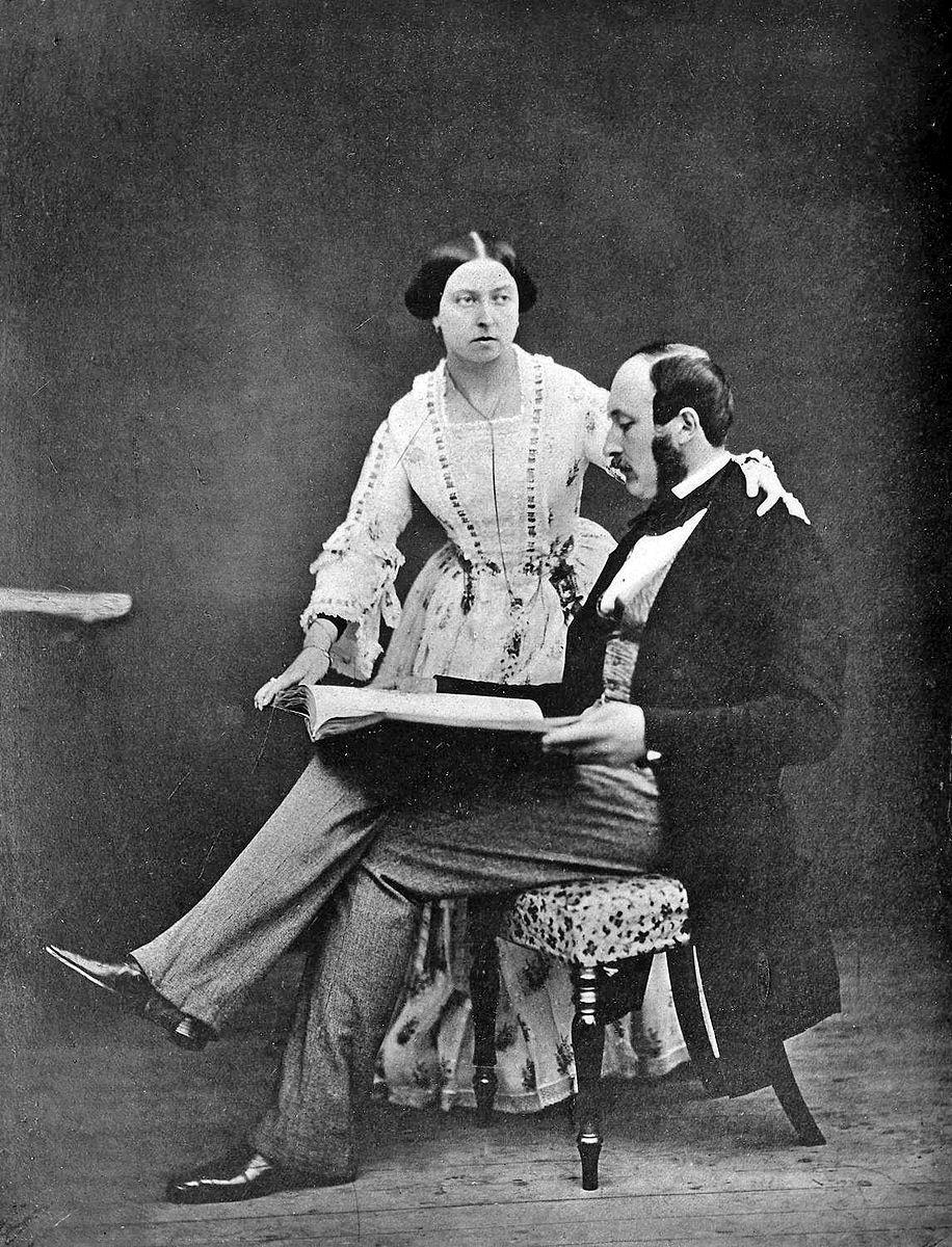 916px-Queen_Victoria_and_Prince_Albert_1854.jpg