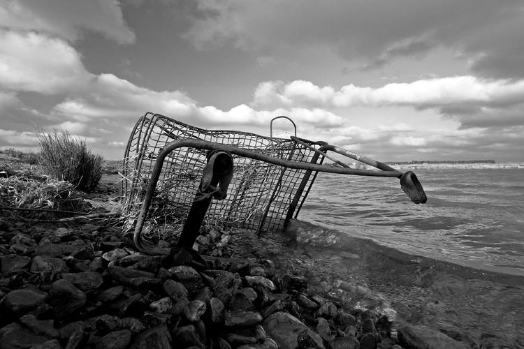 abandoned-shopping-cart.jpg