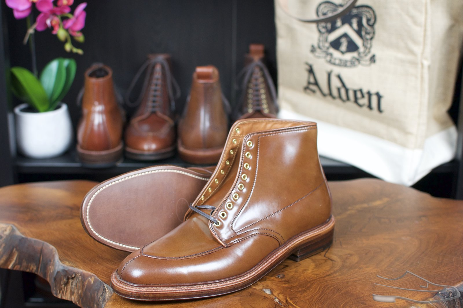 Alden Ravello Shell Cordovan V-Tip Boots - Preview - 3.jpg