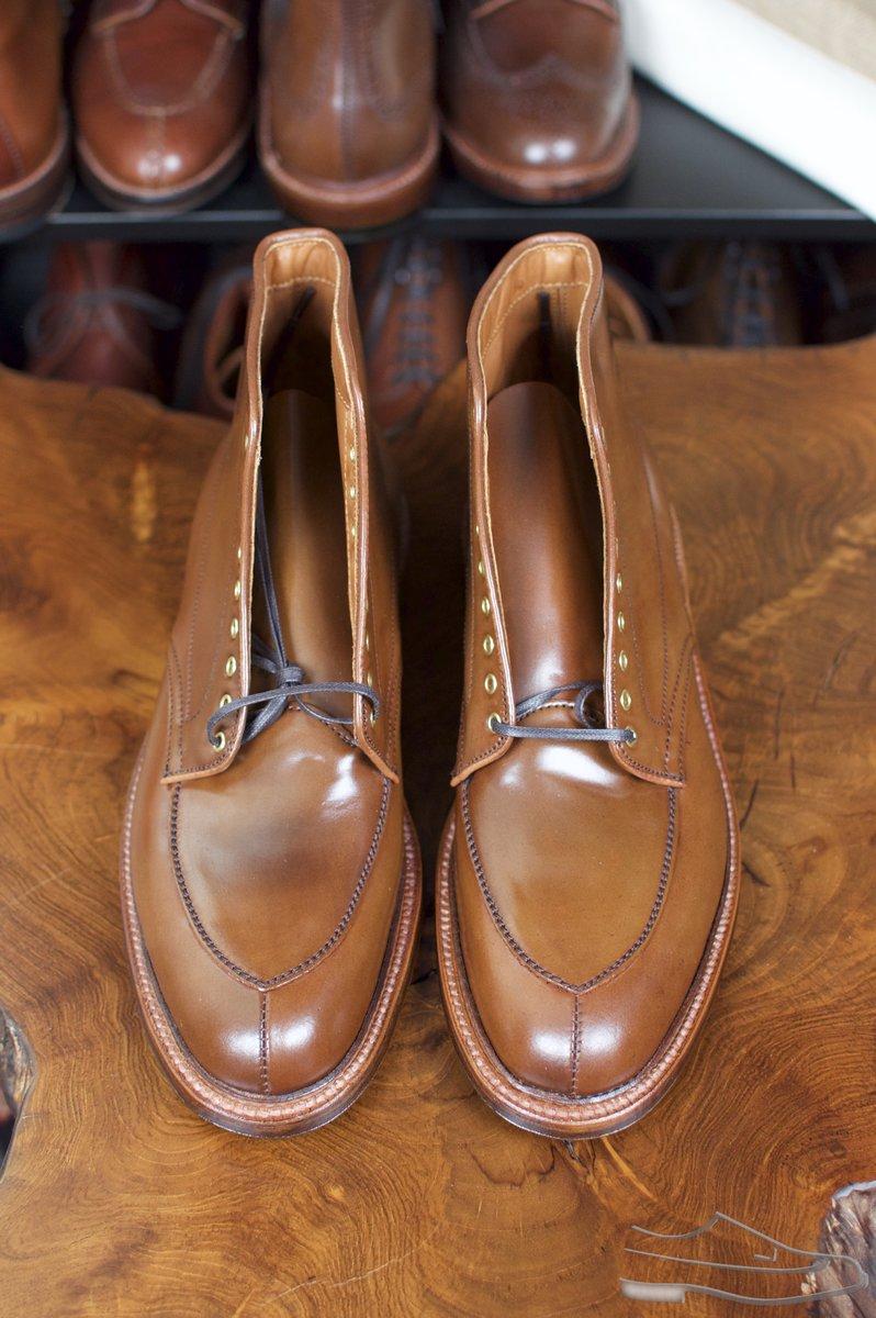 Alden Ravello Shell Cordovan V-Tip Boots - Preview - 4.jpg