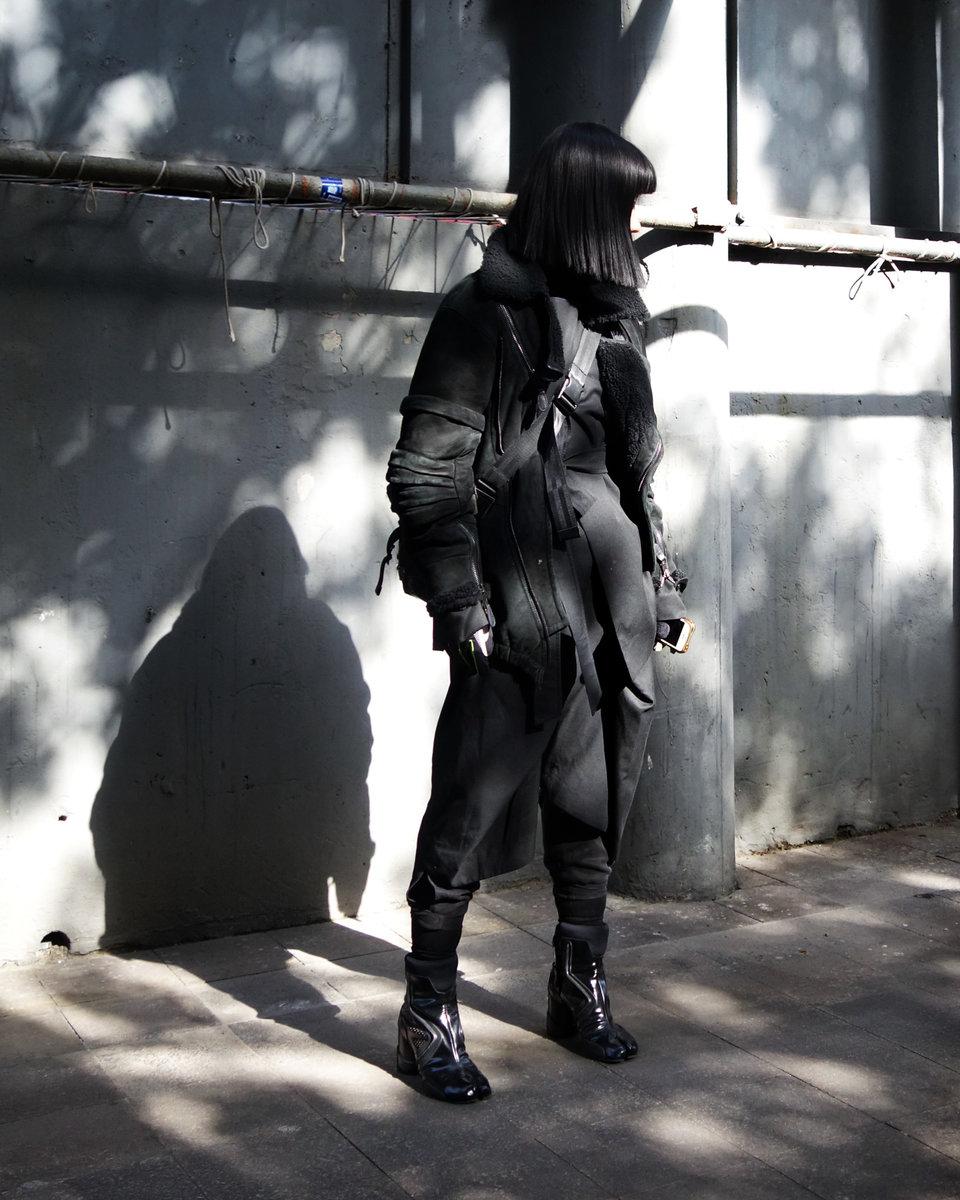 All-Black-ROSEN-2.jpg