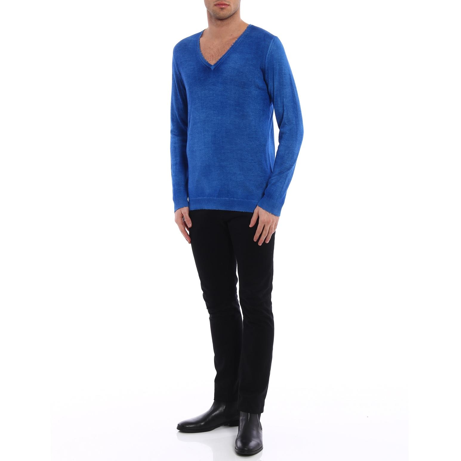 avant-toi-online-v-necks-cashmere-and-silk-destroyed-sweater-00000121334f00s012.jpg