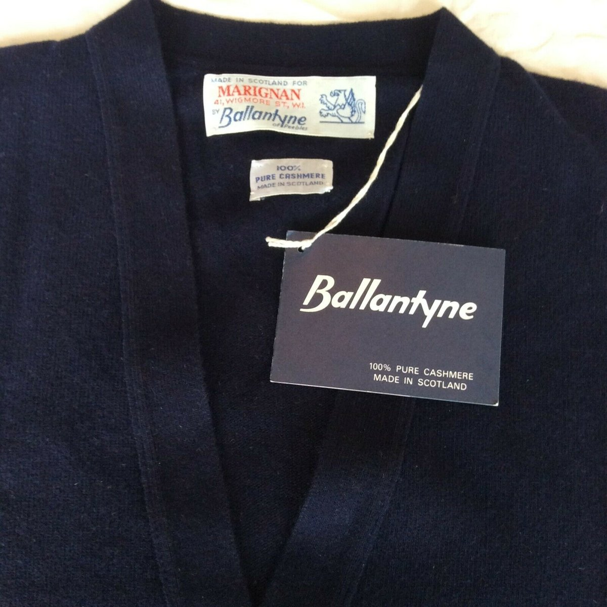 Ballantyne Vintage Men's Cashmere Navy Pullman Cardigan, New with tags Size 38 2.jpg