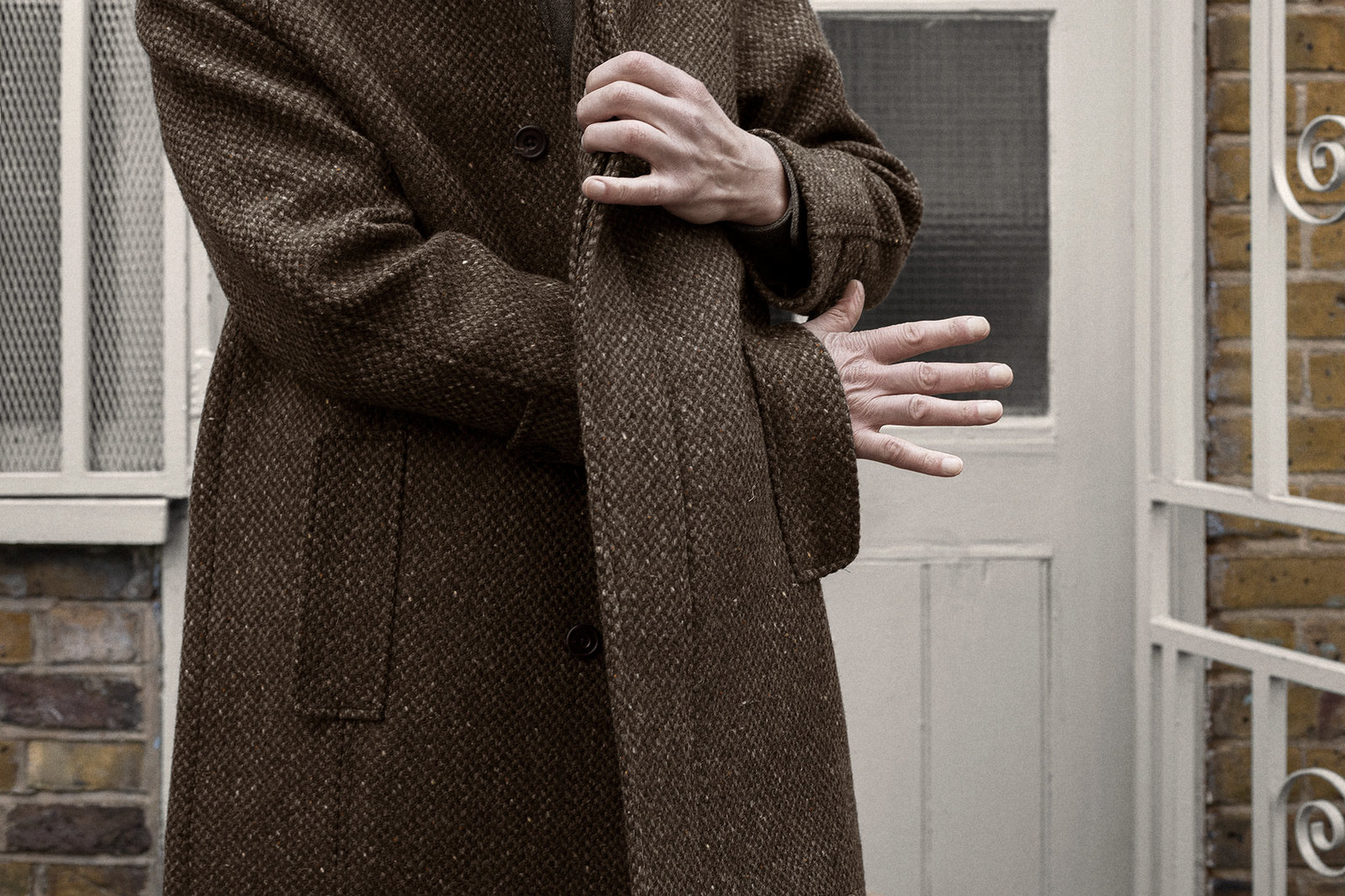 balmacaan-donegal-barleycorn-tweed-brown-worn-4@2x.jpg
