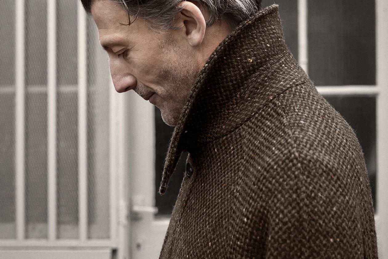 balmacaan-donegal-barleycorn-tweed-brown-worn-7s@2x.jpg