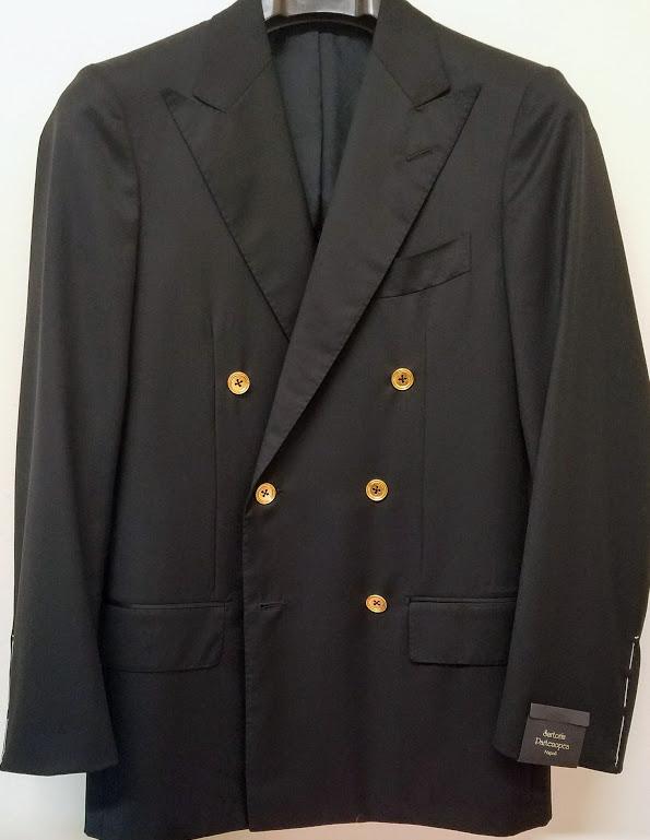 black blazer front.jpg