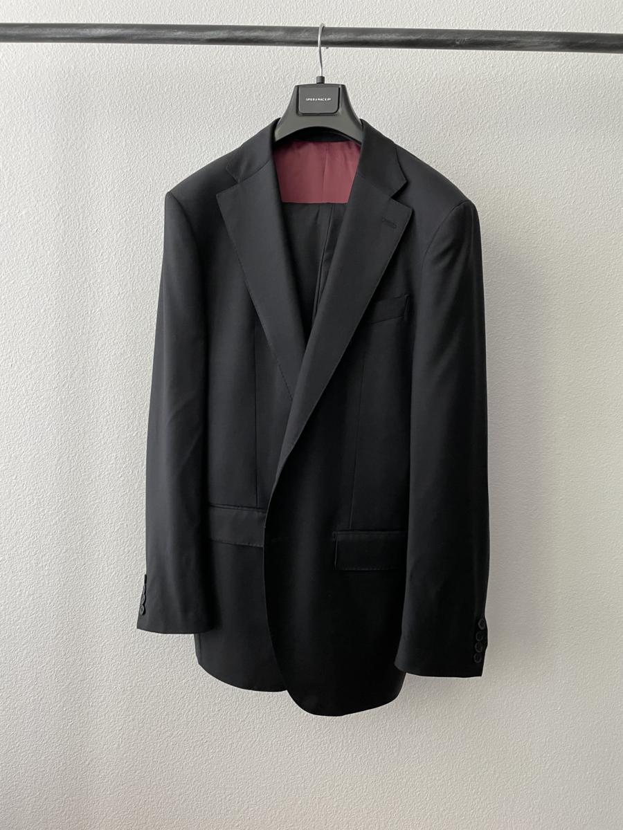 Black Wool Suit.png