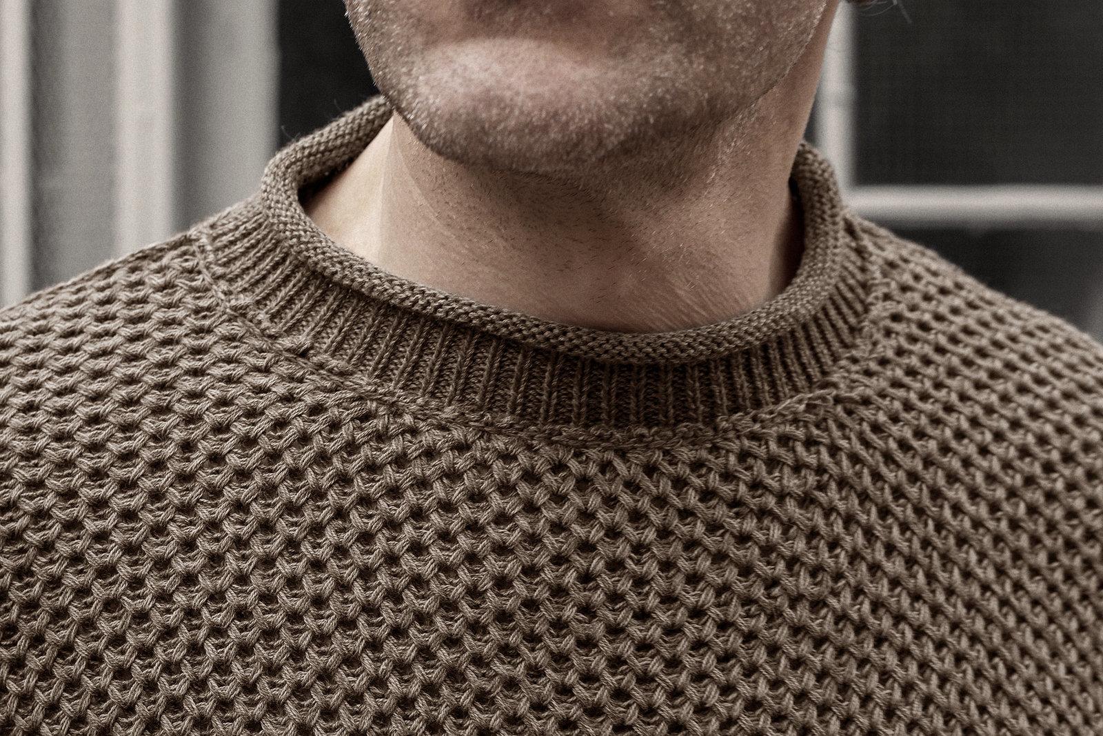 boatneck-cotton-malt-worn-7@2x.jpg