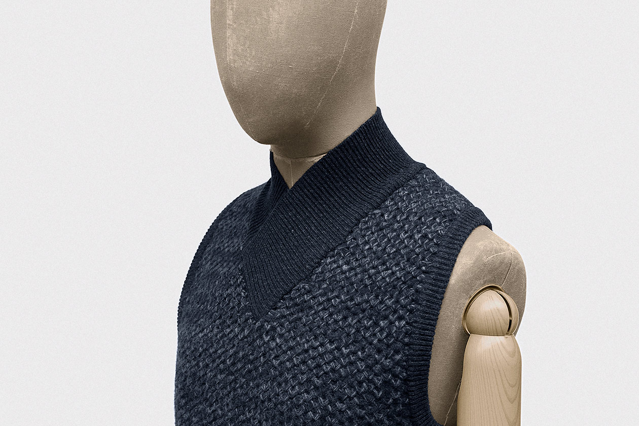 bodywarmer-geelong-lambswool-imperial-blue-2s@2x.jpg