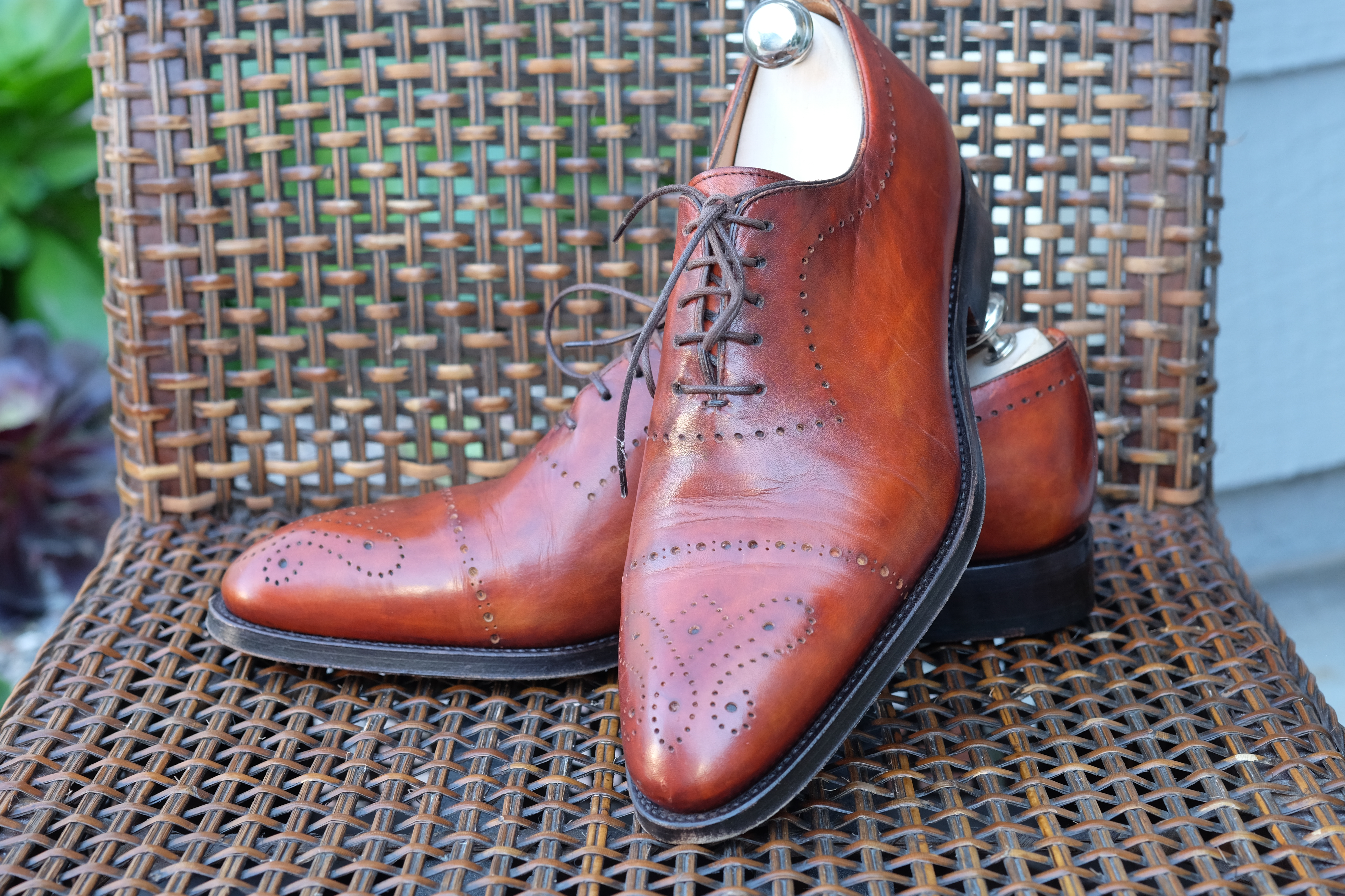 Bontoni Wholecut with Medallion and Punching in Chestnut Leather-5.jpg
