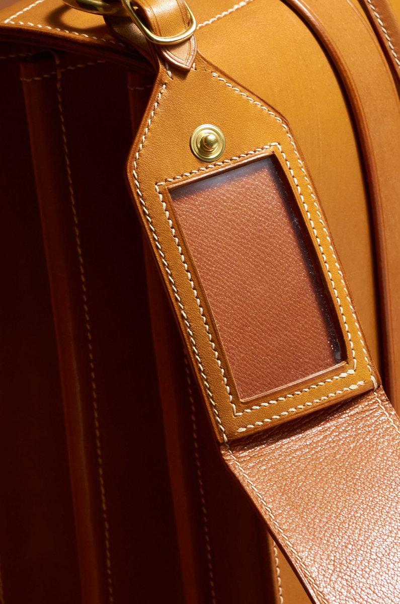 Briefcase0045 1.jpg