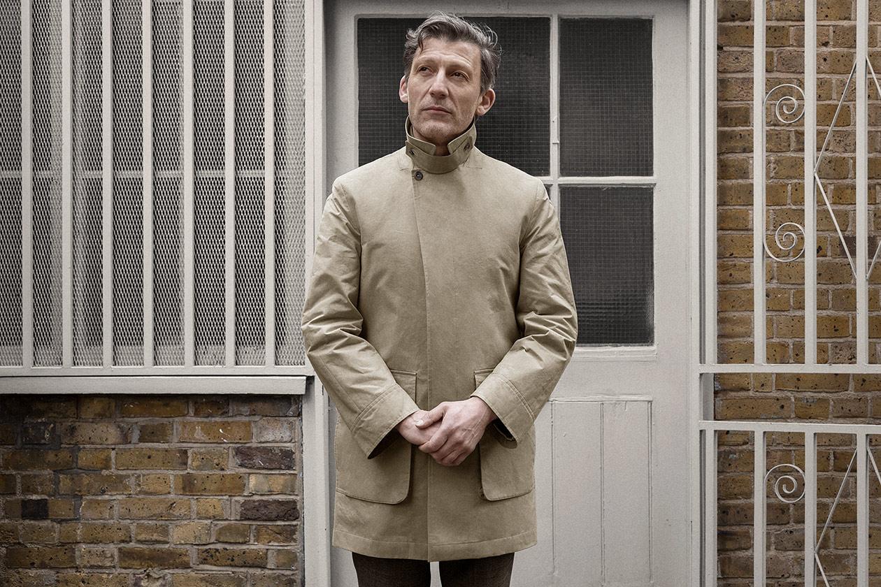 car-coat-cotton-staywax-parchment-worn-1s@2x.jpg