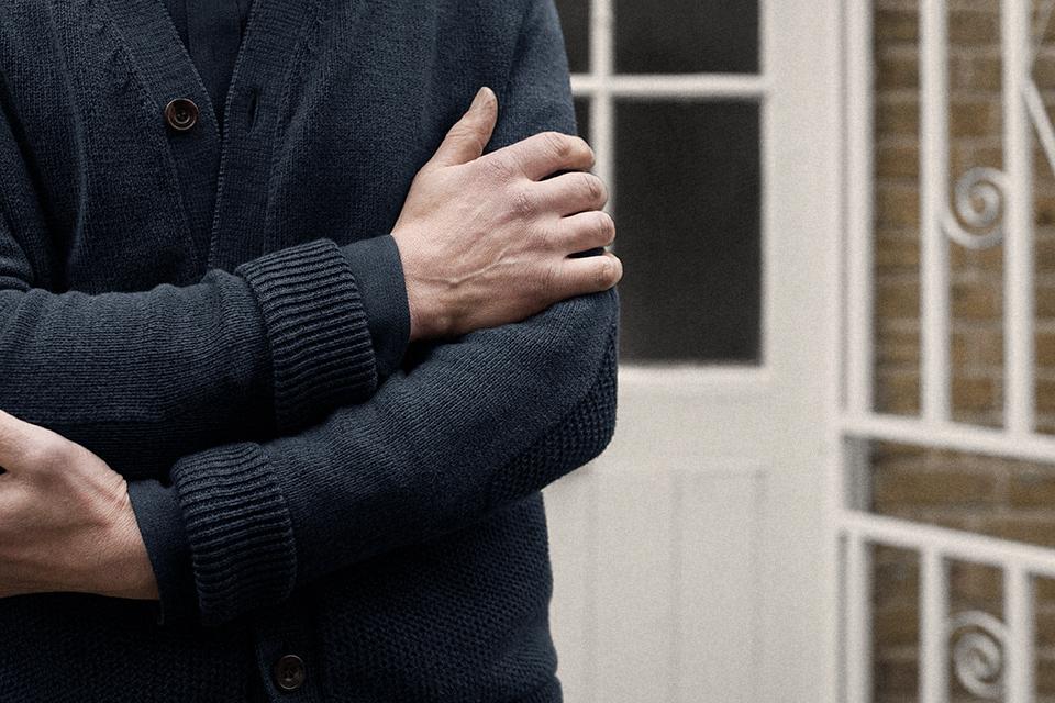 cardigan-cotton-tuck-admiral-worn-2.jpg