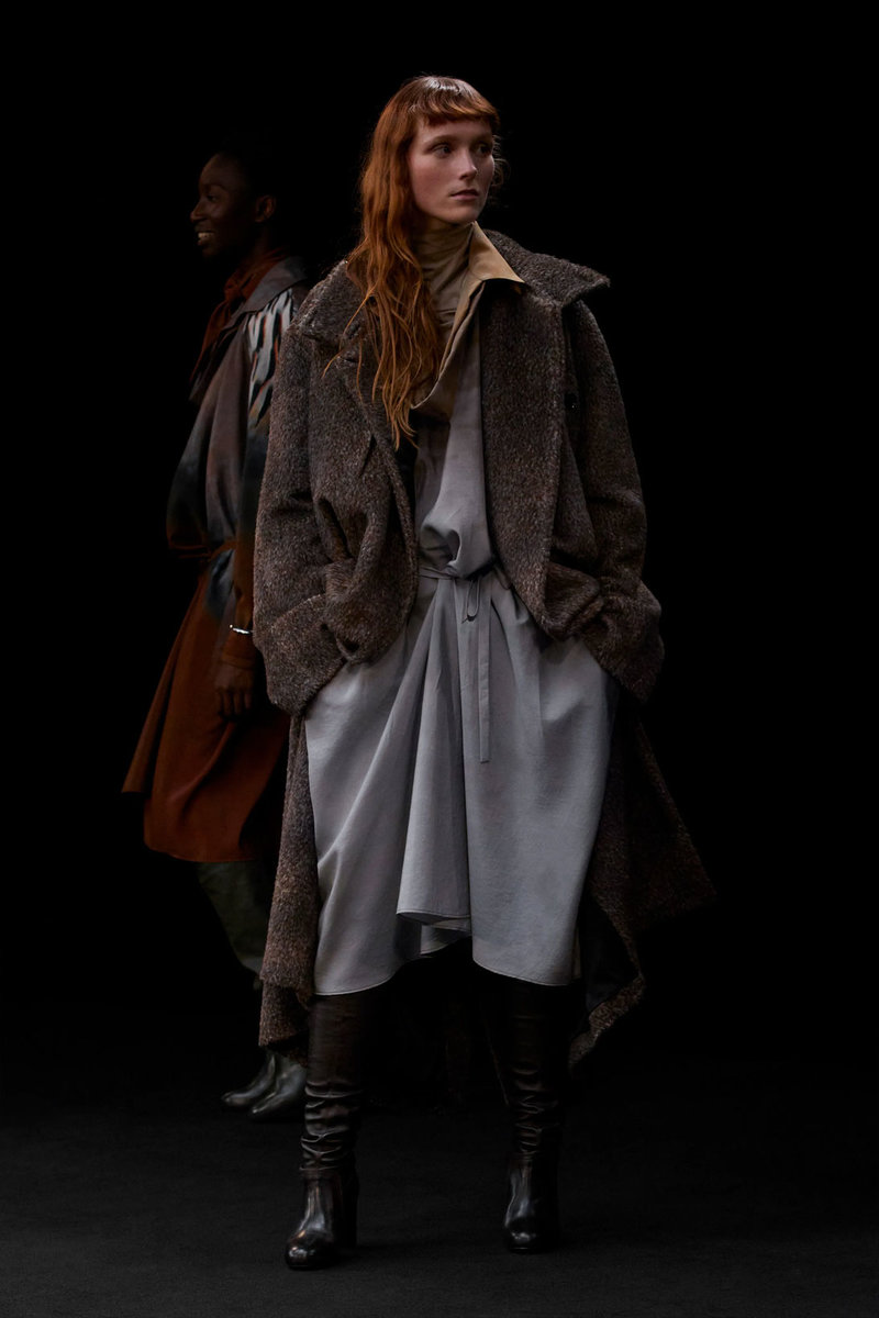 christophe-lemaire-sarah-linh-tran-fw21-collection-48.jpg