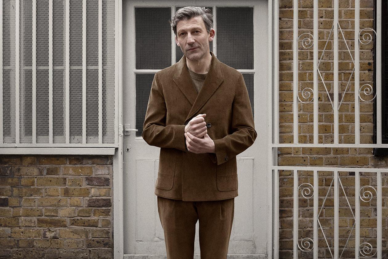db-jacket-corduroy-cedar-brown-worn-1s@2x.jpg