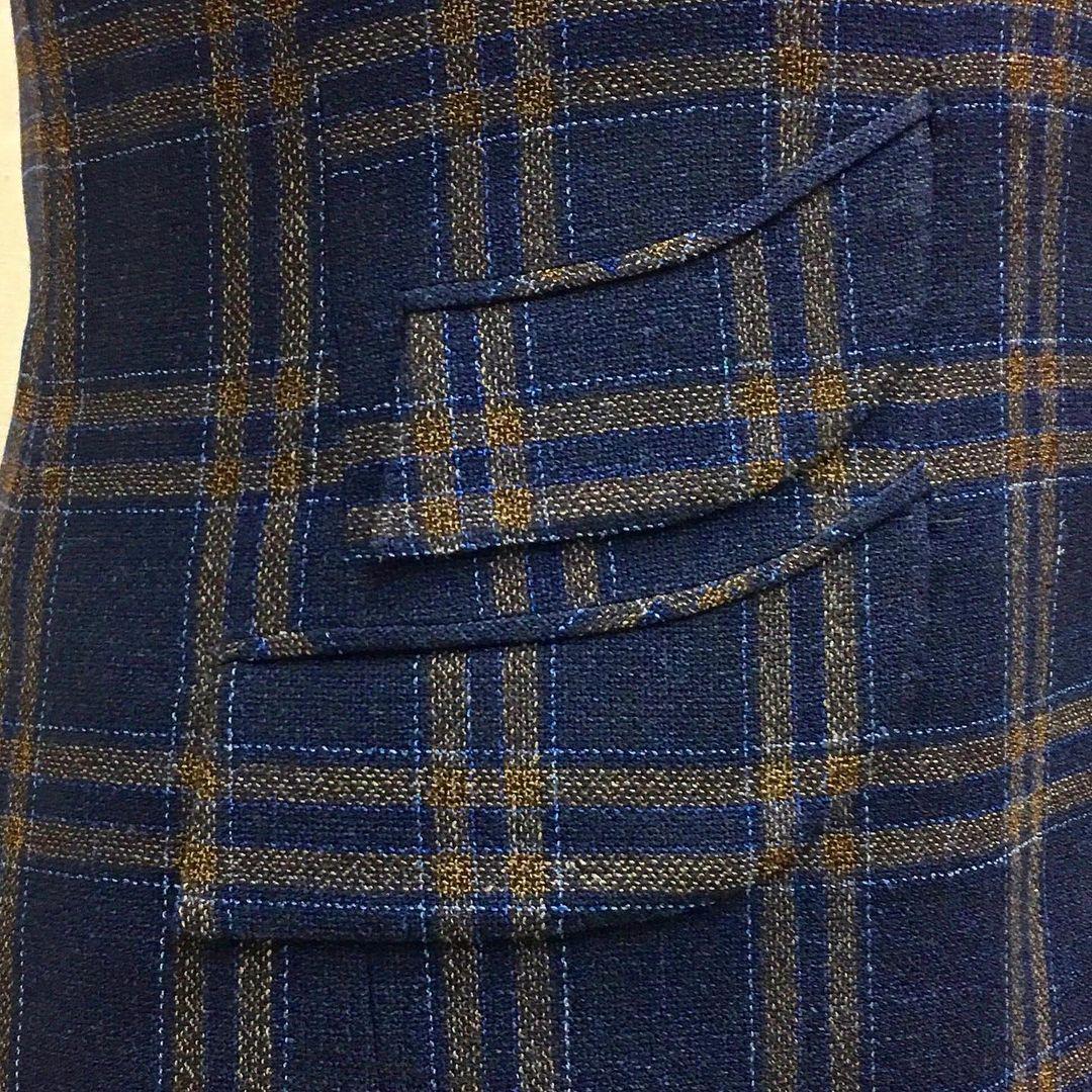 Dege & Skinner Curved Pockets.jpg
