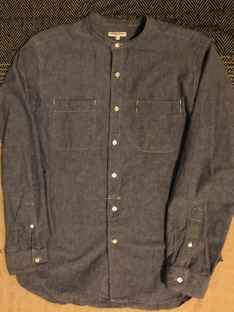 Engineered Garments band collar chambray bd shirt in Size L (cotton).jpg