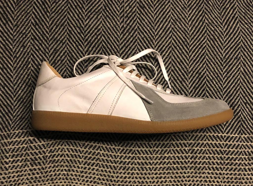Epaulet sneakers_2.jpg