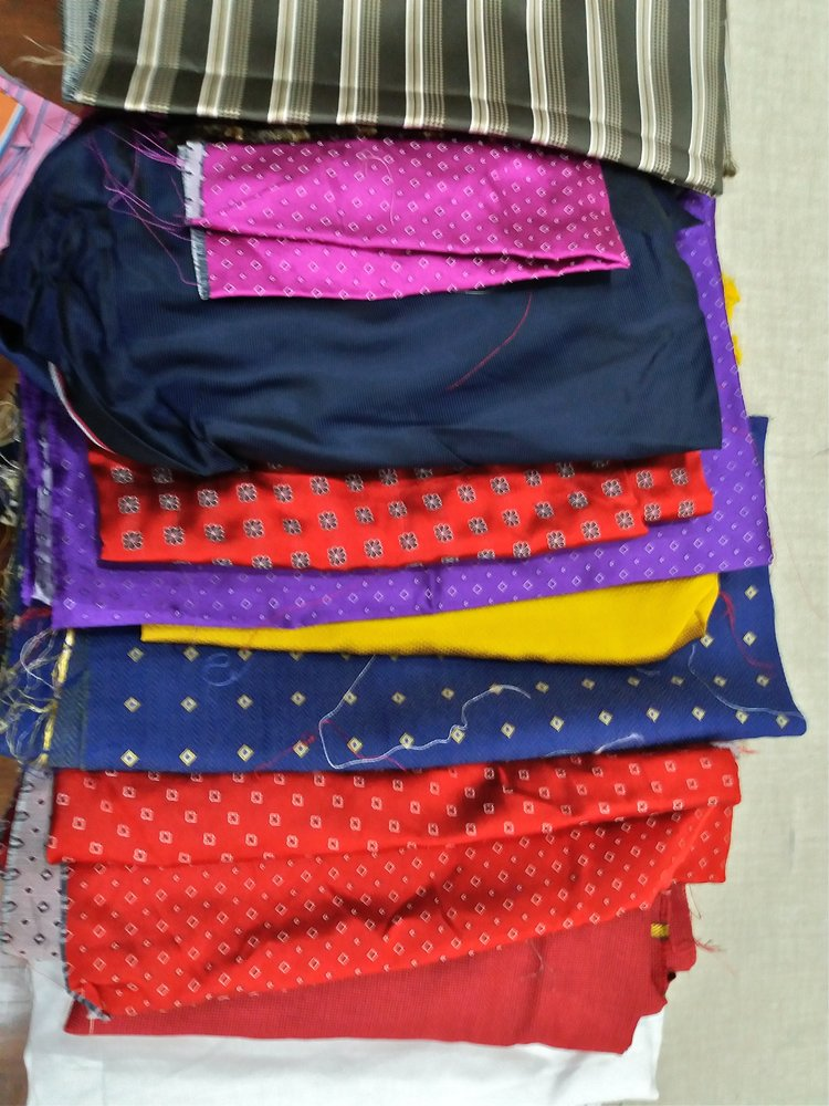 fabric ties stock reds.jpg