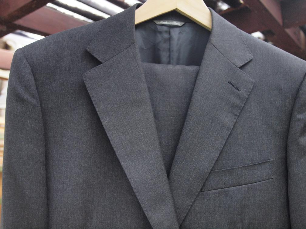grey_suit-s.jpg