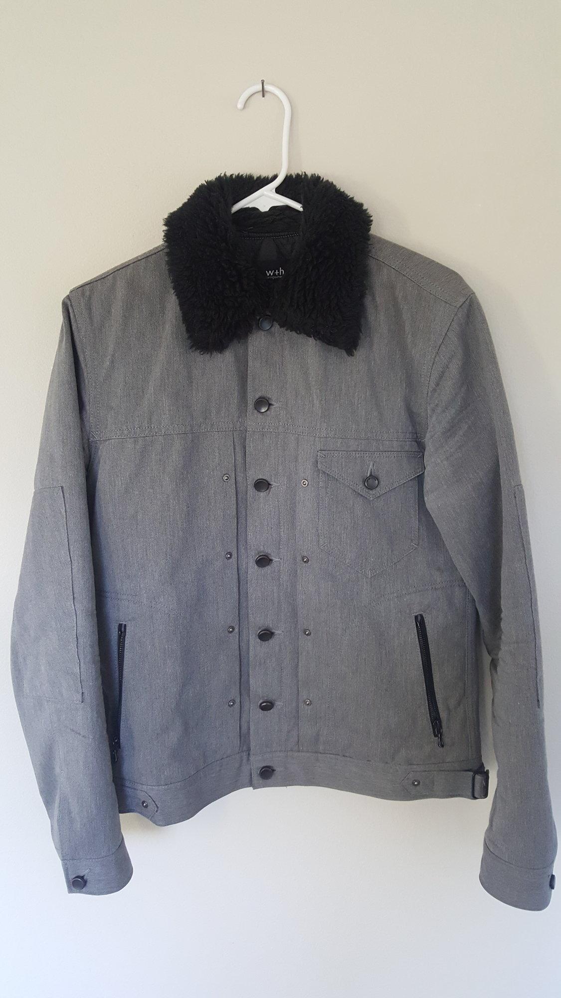 jacket1 1.jpg