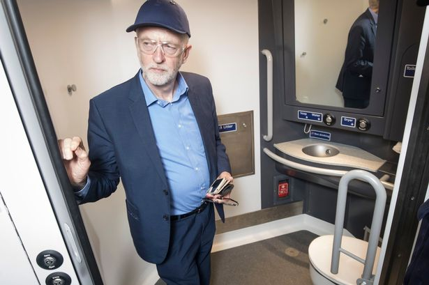 Jeremy-Corbyn-visit-to-Wabtec.jpg