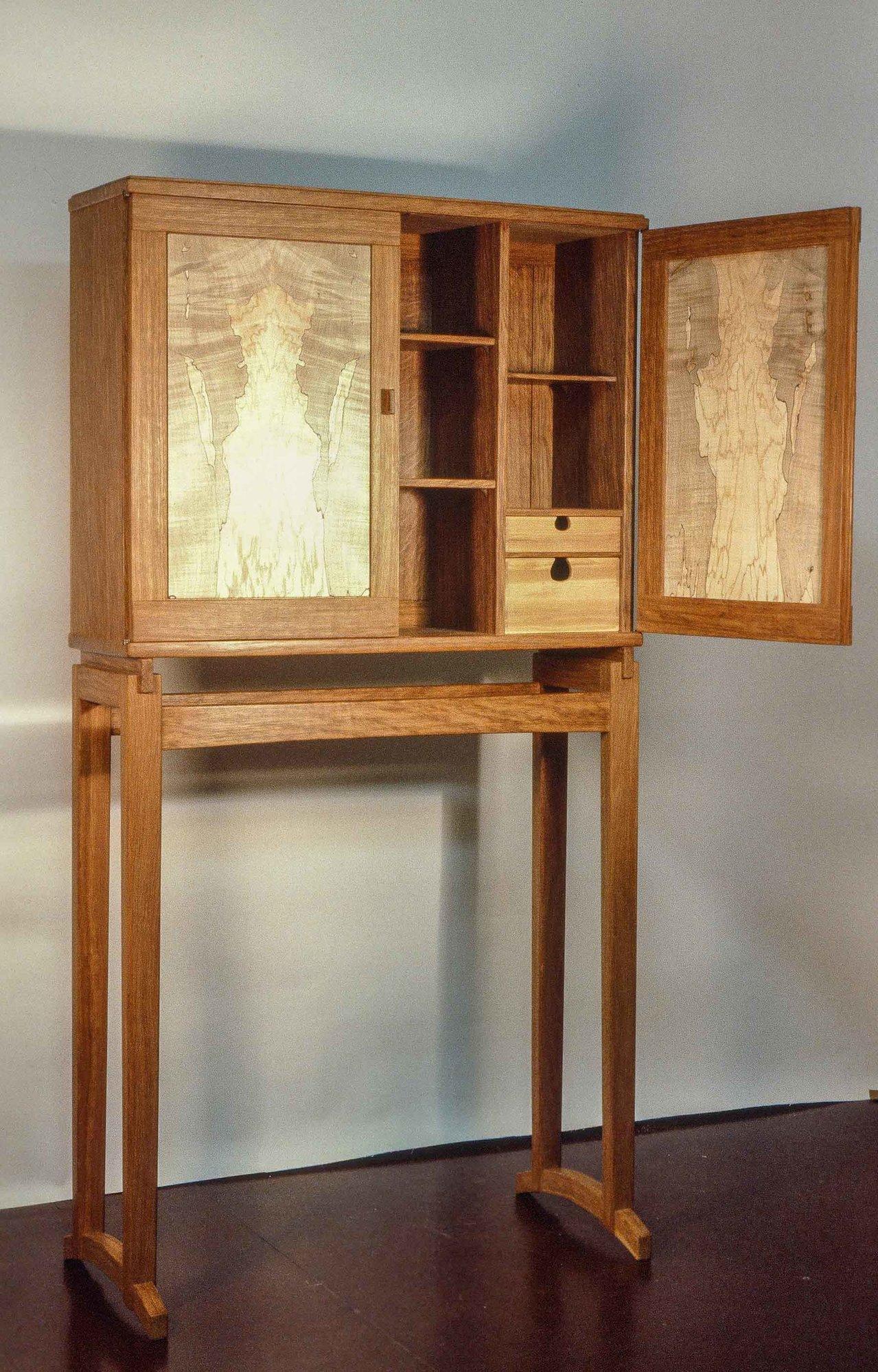 Krenov cabinet.jpg