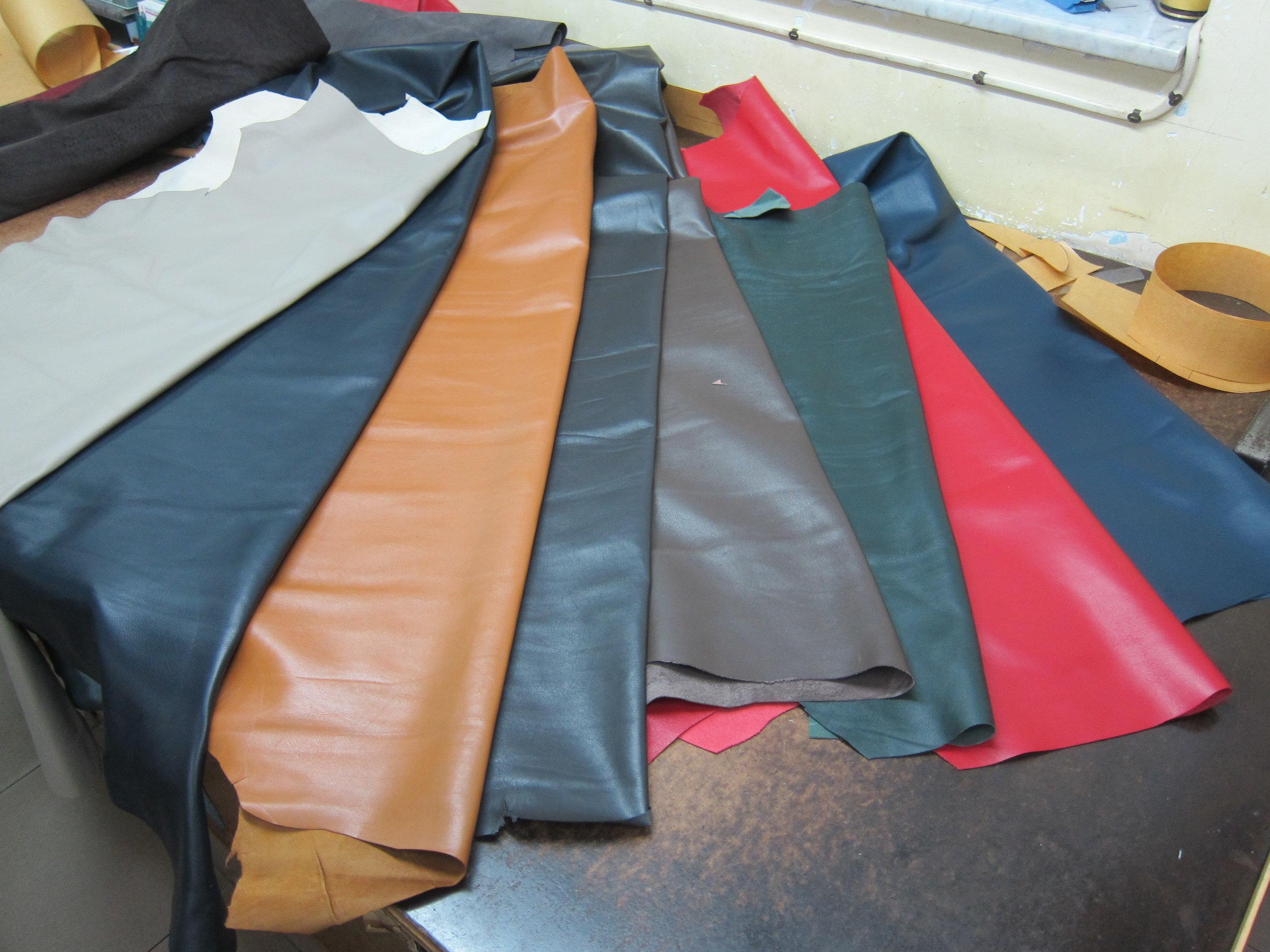 lambskin leather 羊皮.JPG