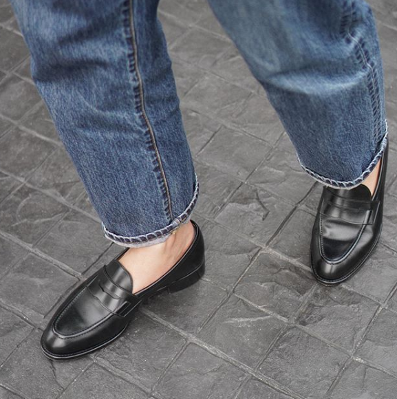 Leather loafer1.PNG