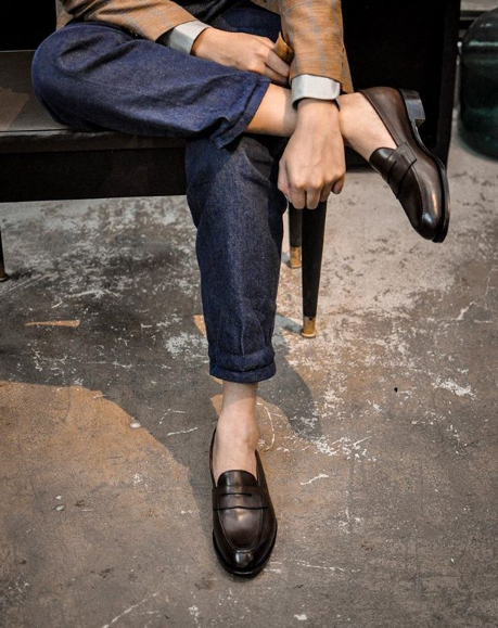 Leather loafer3.PNG
