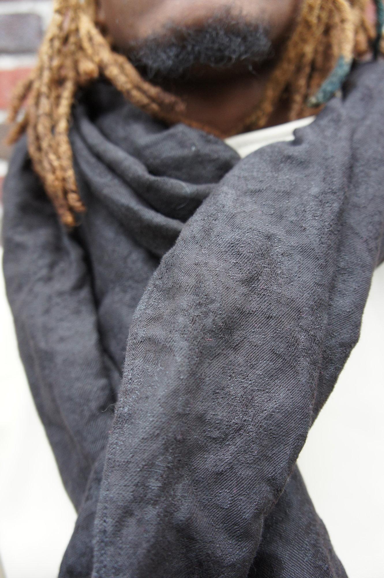 Linen - Black Brocade_2.JPG
