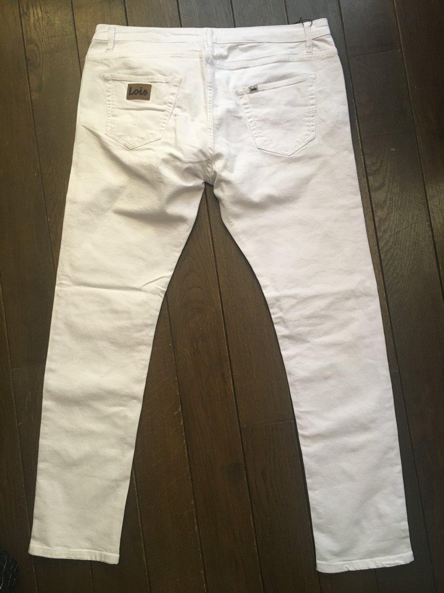Lois white jeans.JPG