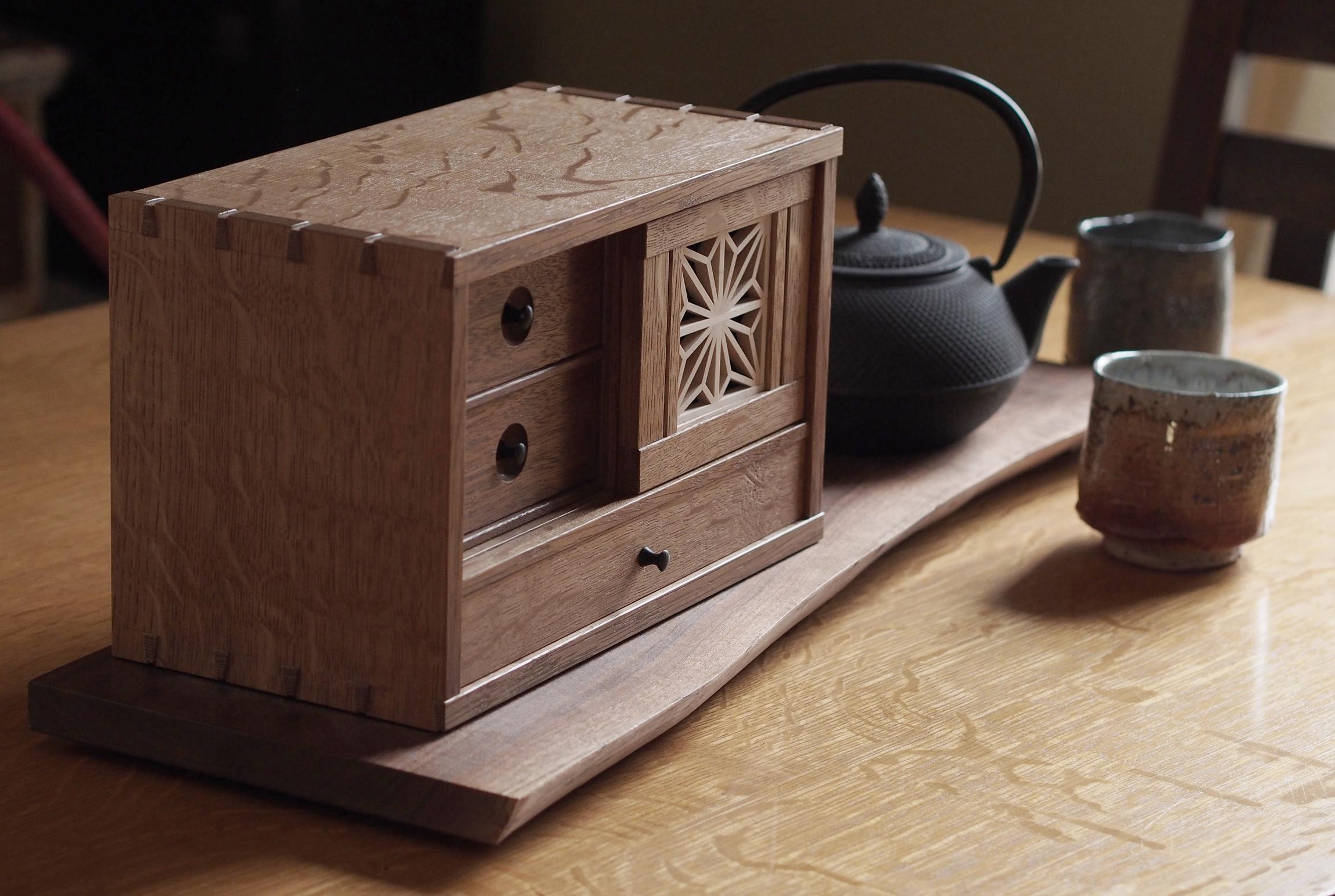 Mike Pekovich box.jpg