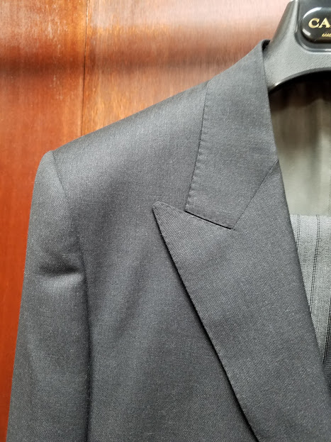 morning canali lapel.jpg