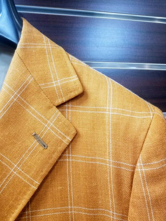 orange shoulder.jpg