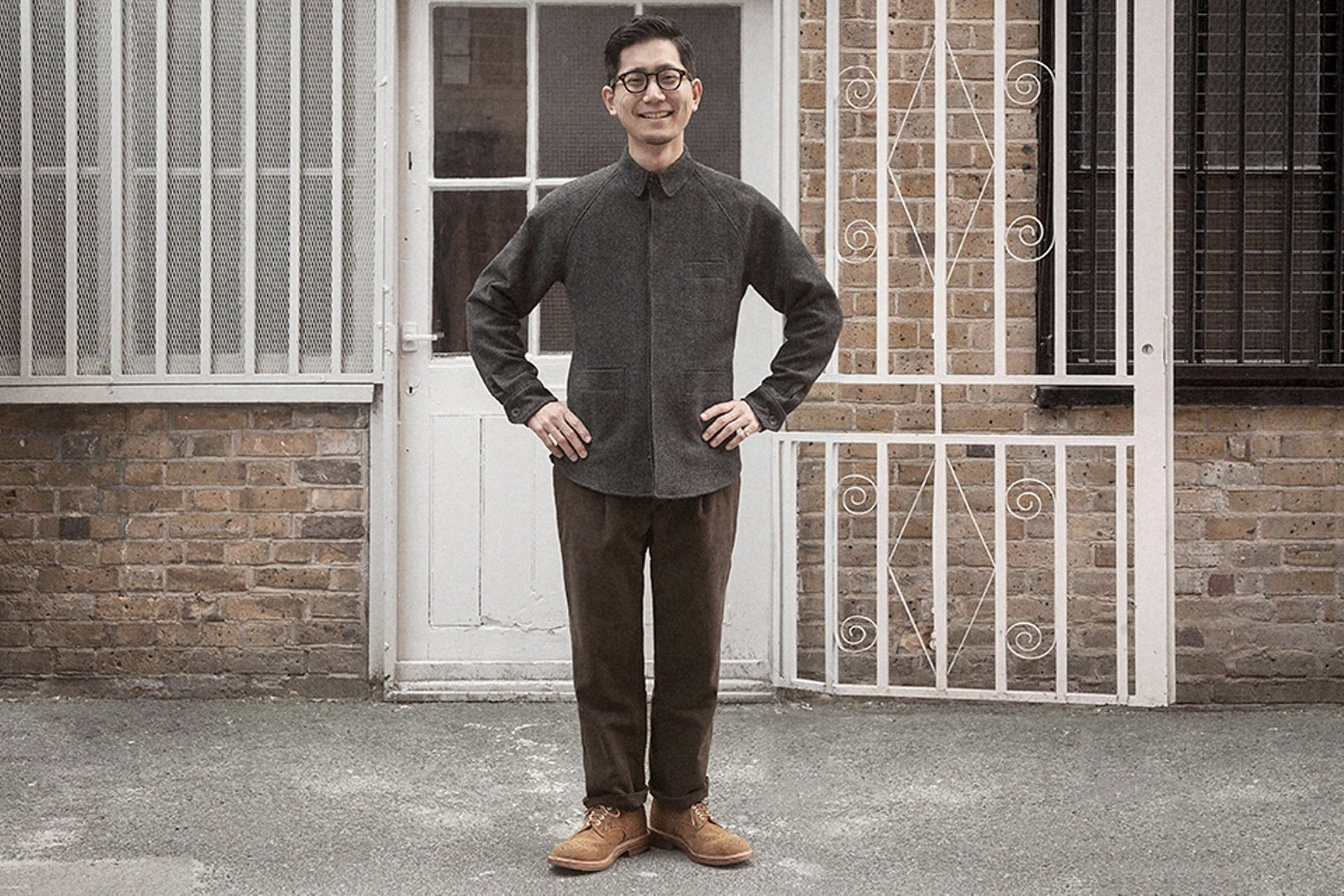 overshirt-charcoal-knit-woollen-twill-worn-1.jpg