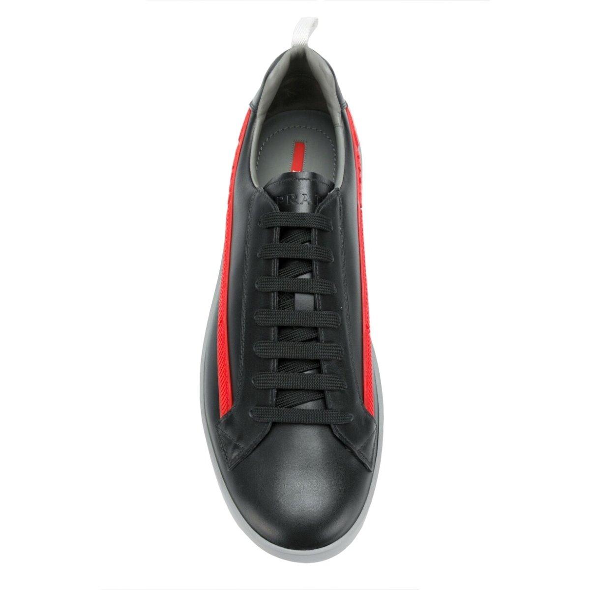 prada-graphic-low-top-sneakers_12533404_11956459_1000.jpg