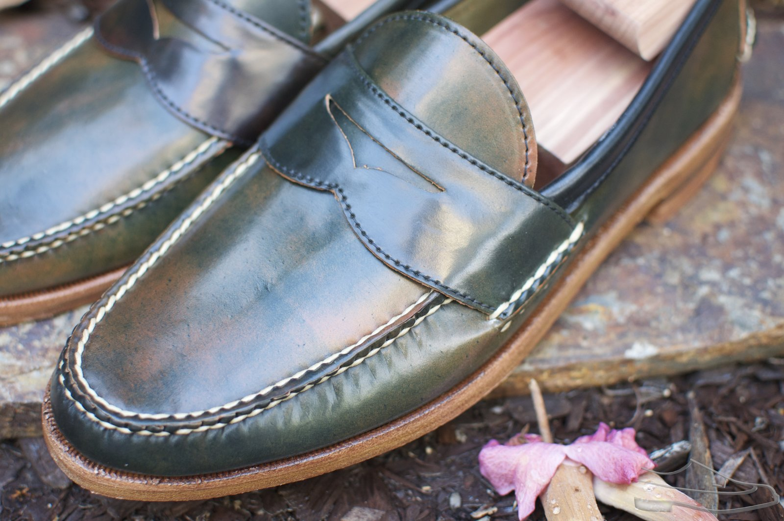 Rancourt Marbled Black Shell Cordovan Penny Pinch Loafers - 2020-08-28 - 2.jpg