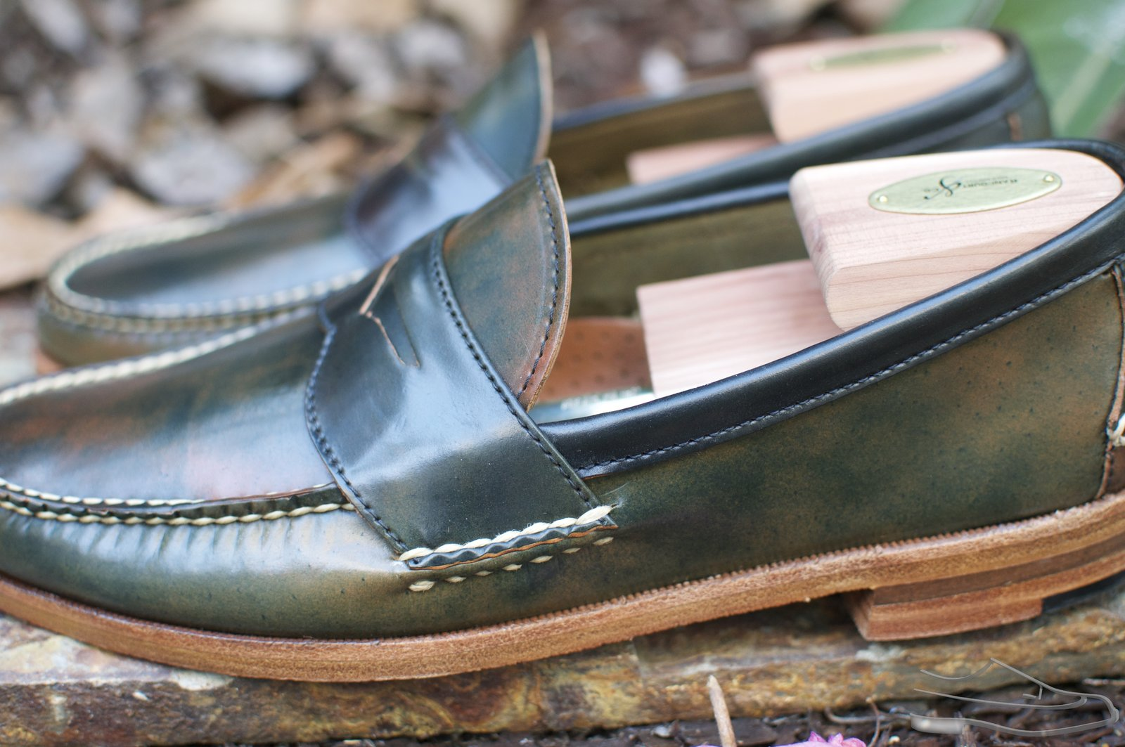 Rancourt Marbled Black Shell Cordovan Penny Pinch Loafers - 2020-08-28 - 4.jpg