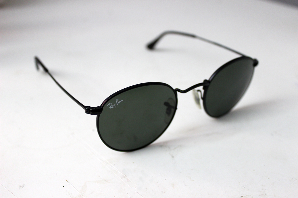 4905c5e61c Ray Ban 3447 Round Sunglasses ALL BLACK P3 Lens Shape Rare 47mm  150 ...