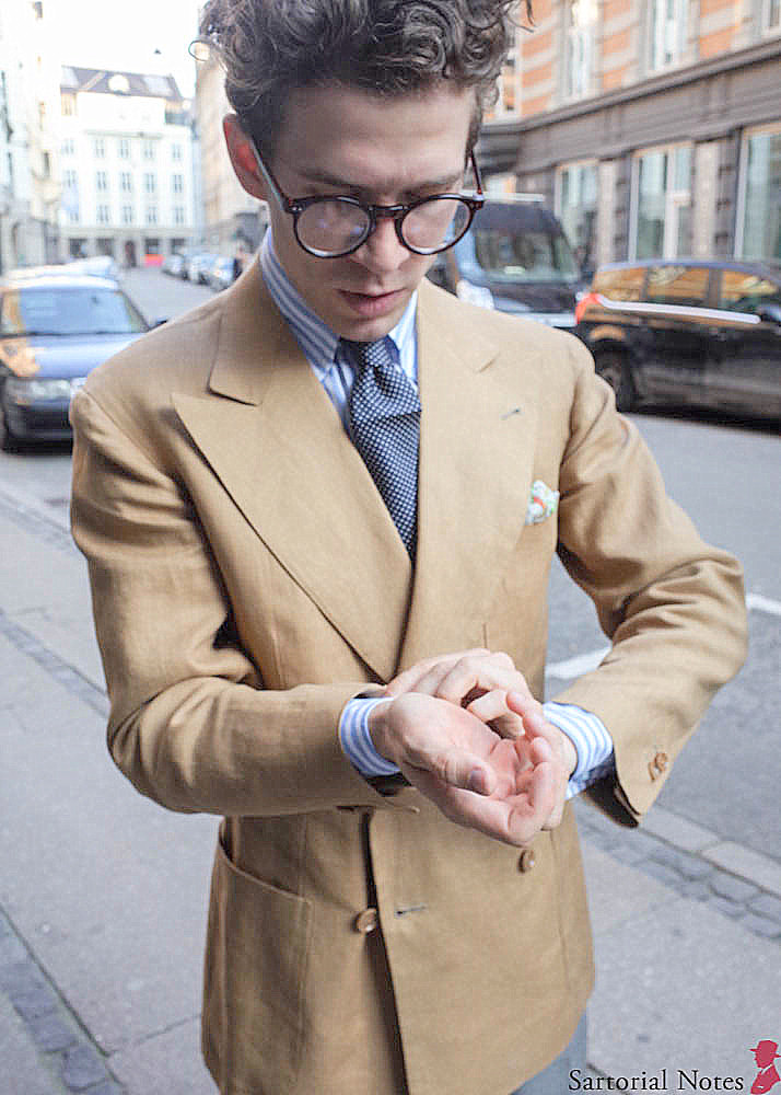 Readers_of_Sartorial_Notes_Met_in_Copenhagen_bespoke_linen_jacket.jpg