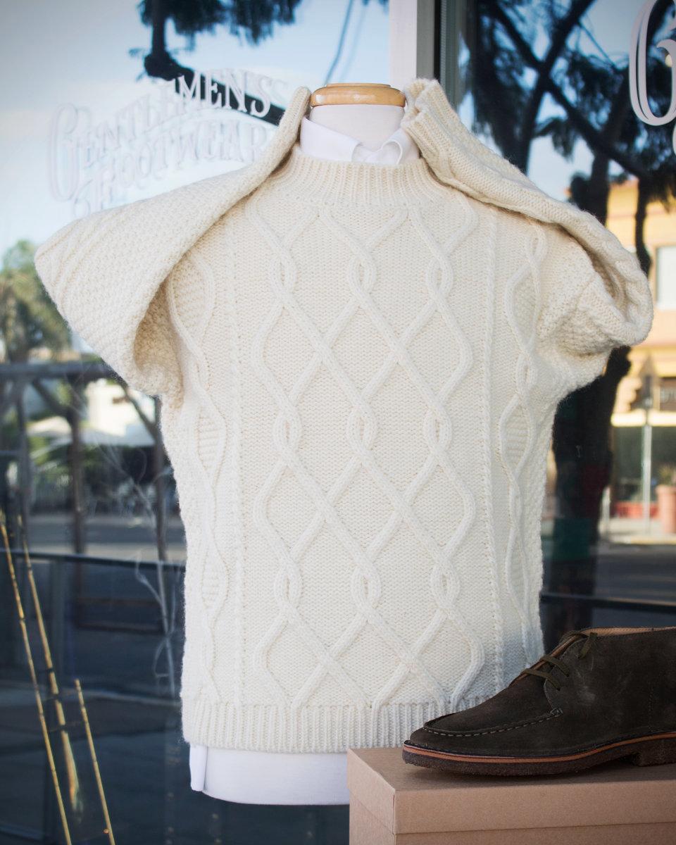 S4-Drakes-Sweater_PT.jpg