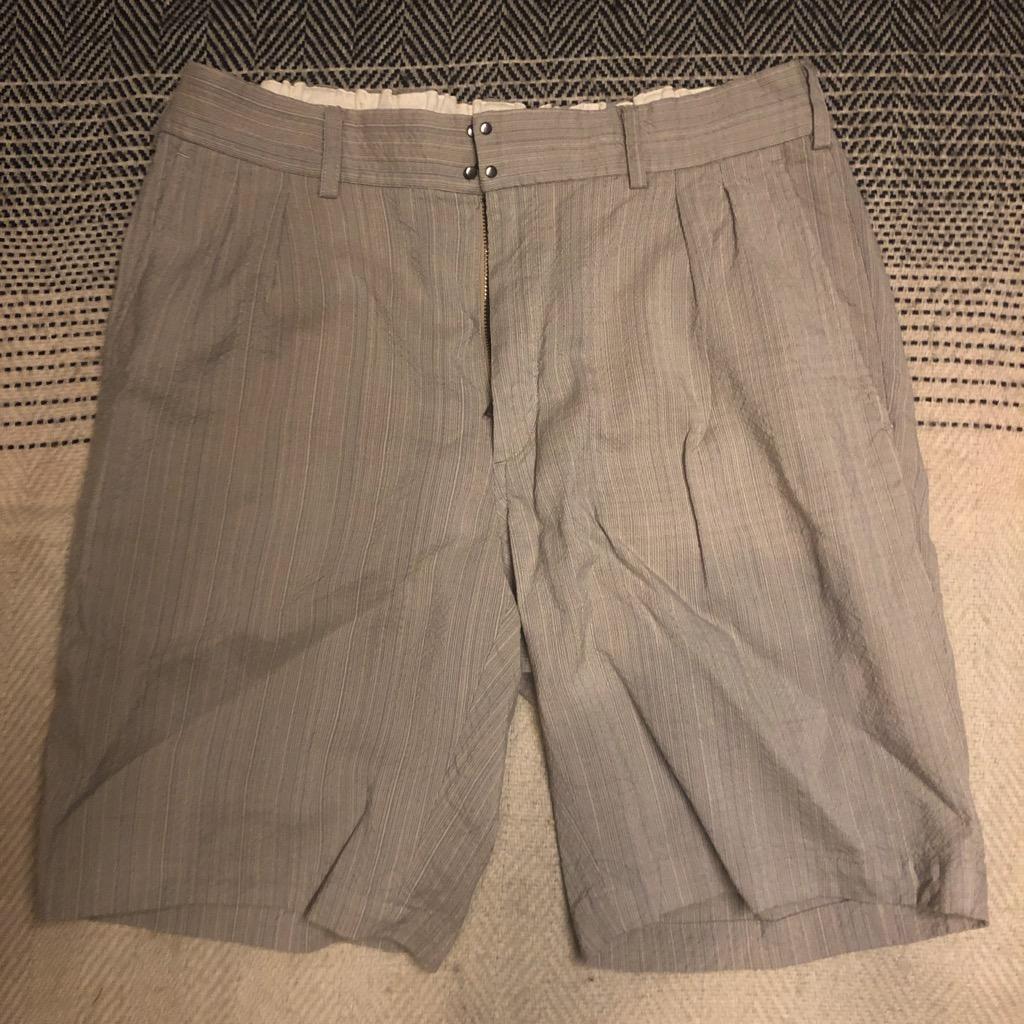 Sage de Cret wool:rayon easy shorts in beige in size L.jpg