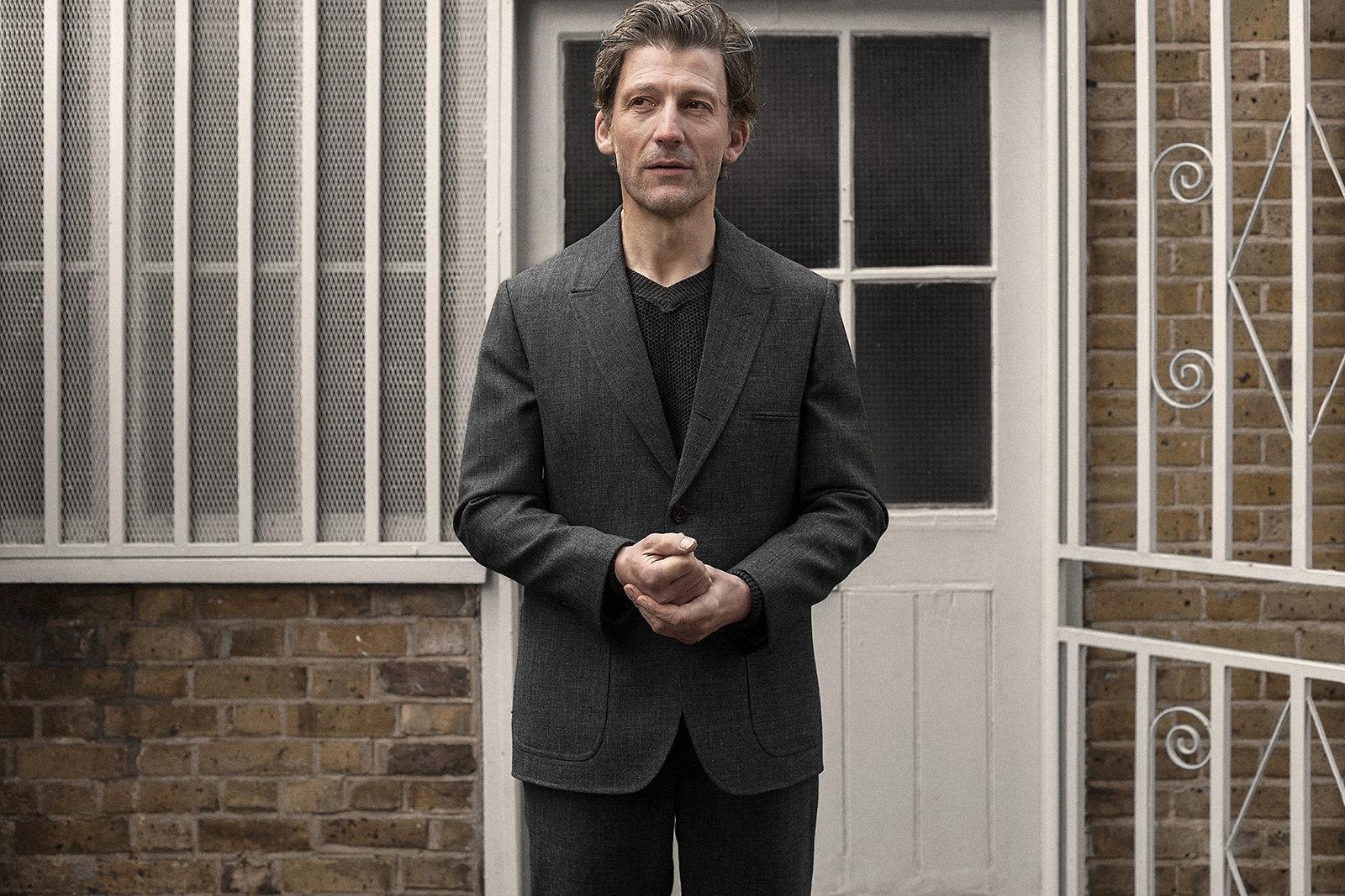 sb3-jacket-worsted-grey-worn-1@2x.jpg