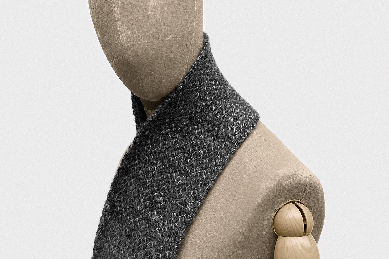 scarf-geelong-lambswool-asphalt-grey-2s@2x.jpg