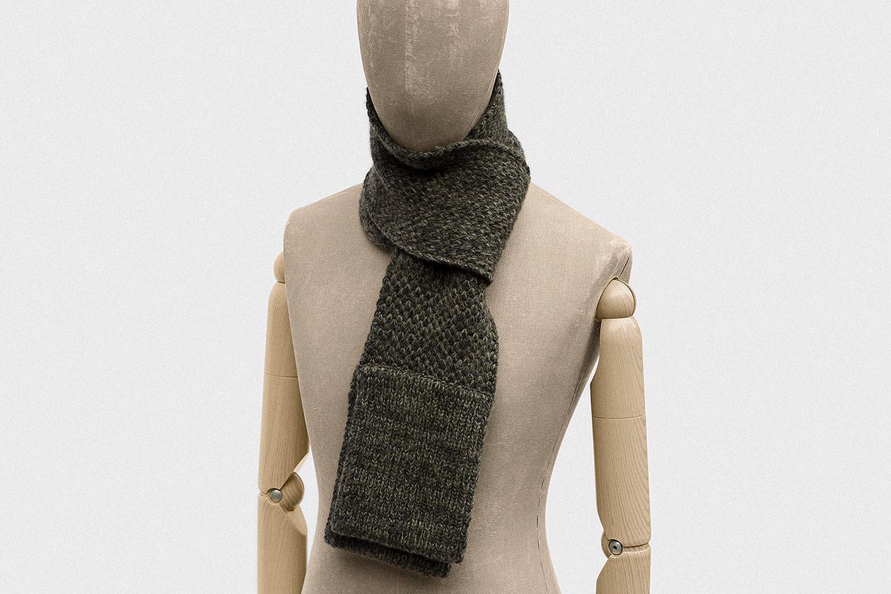 scarf-geelong-lambswool-conifer-green-3s@2x.jpg