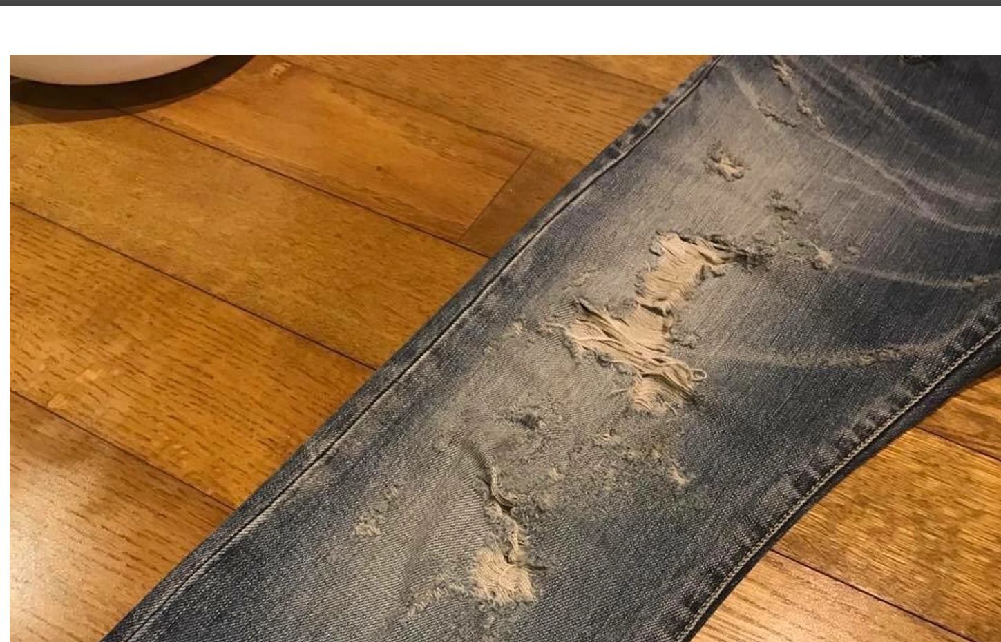 Screenshot_2019-06-17 Saint Laurent Paris Saint Laurent Fw13 Runway Crashed Destroyed Jeans Si...jpg