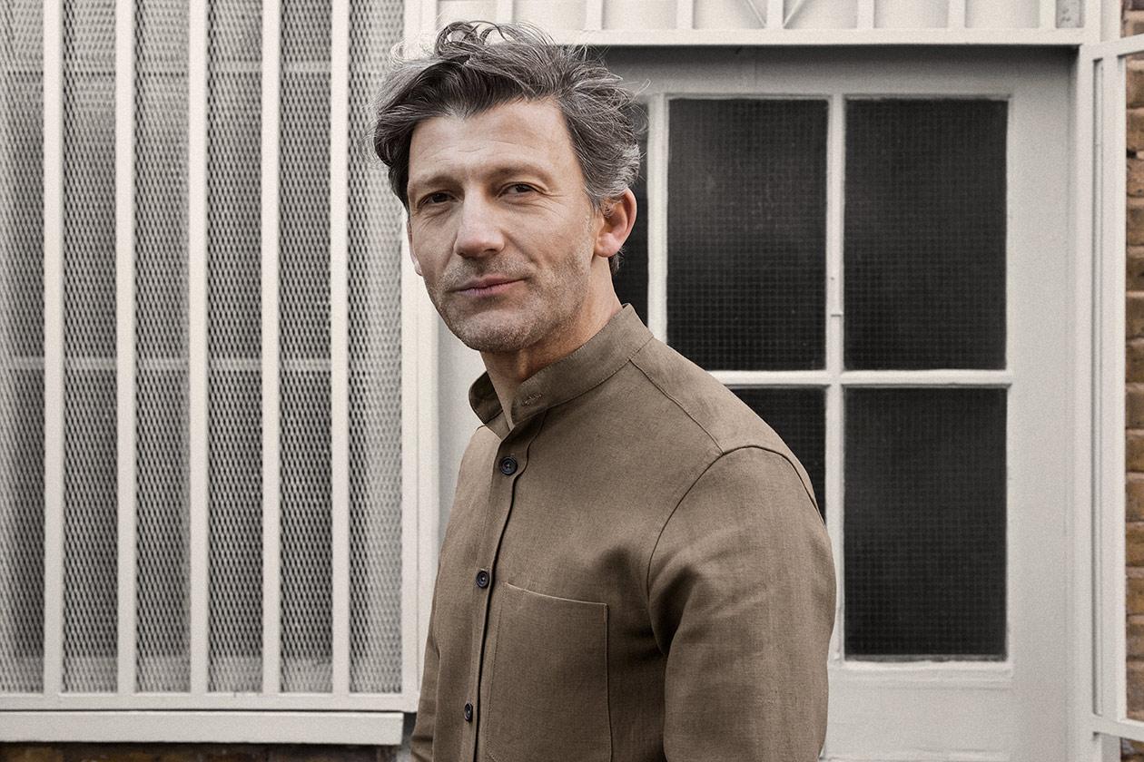 shirt-granddad-linen-suiting-cork-worn-7s@2x.jpg