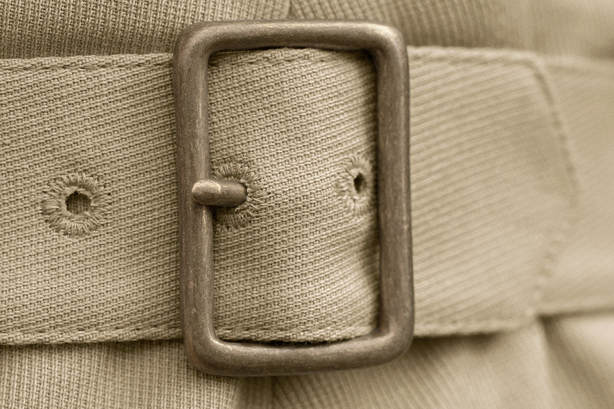 slim-trouser-cavalry-twill-stone-7s@2x.jpg